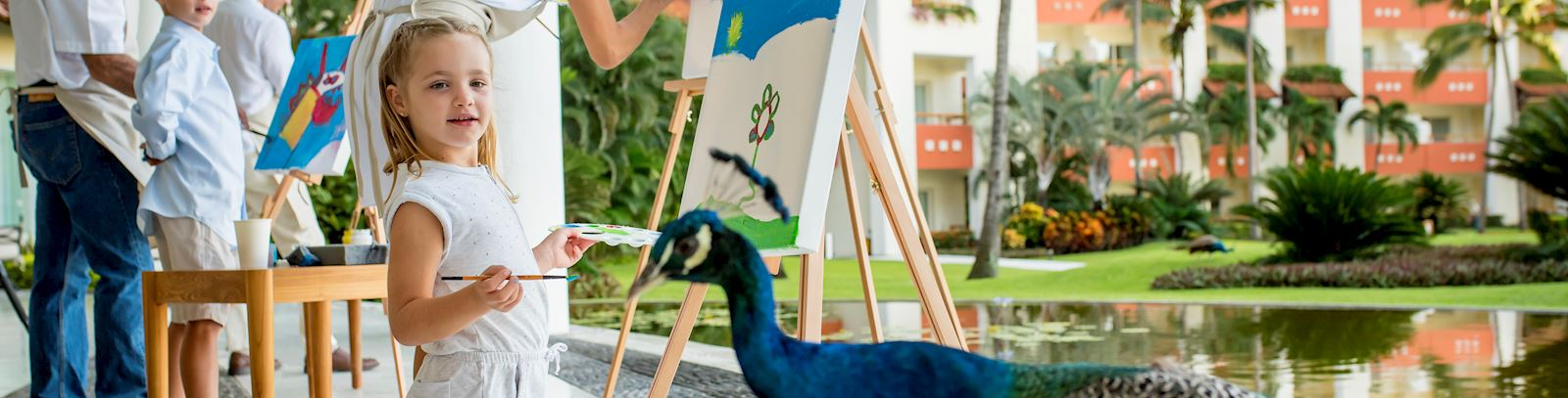 Art on canvas experience in grand velas riviera nayarit