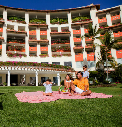 Grand Velas Riviera Nayarit offers Valentines Day
