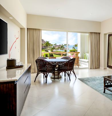 parlor-pool-view-living-gvrn