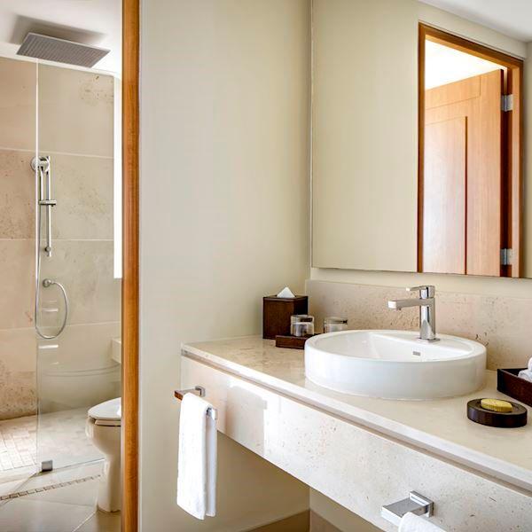Bath amenities Grand Terrace