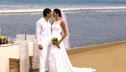 Grand Velas Riviera Nayarit Eternally Yours Wedding Collection
